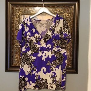 Lane Bryant purple black flower blouse Q110:4:518